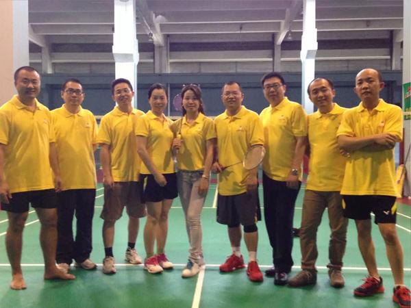 荣牌团队建设-羽毛球活动